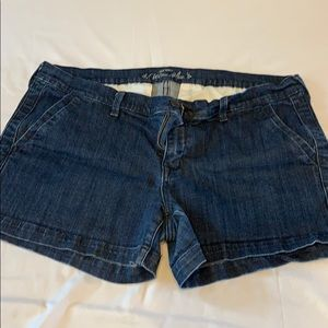 Old Navy Jean shorts size 16